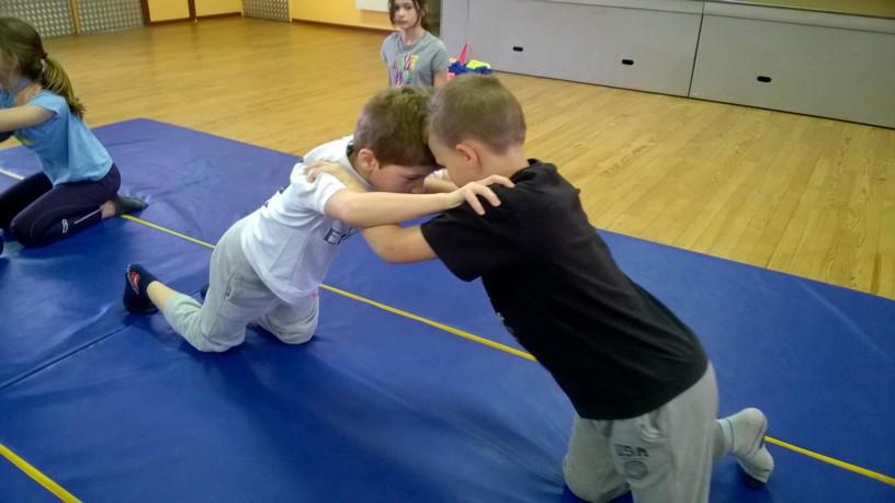 Enfants - Ecole - Lutte (4)